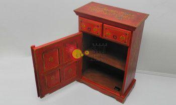 Mueble de la colección TESOROS DE INDIA en rojo