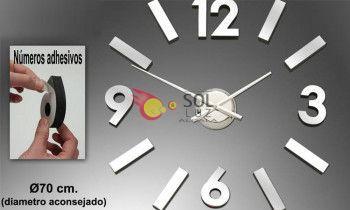 Reloj adhesivo en cromo