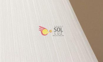 Pantalla fruncida en color blanco 20cm