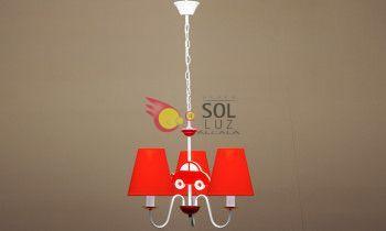 Lámpara infantil con coche en color rojo