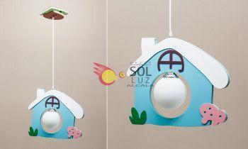 Lámpara infantil con una casa azul