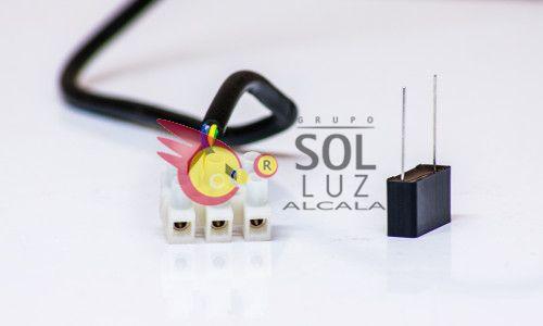 Condensador: Solución a LED medio encendido