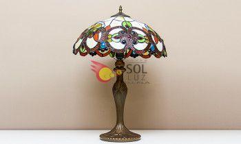 Lámpara de sobremesa de estilo Tiffany