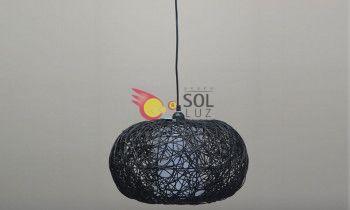 Lámpara de techo con ratan