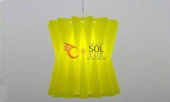 Lámpara juvenil color amarillo