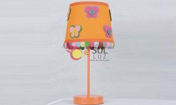 Lámpara de sobremesa infantil naranja